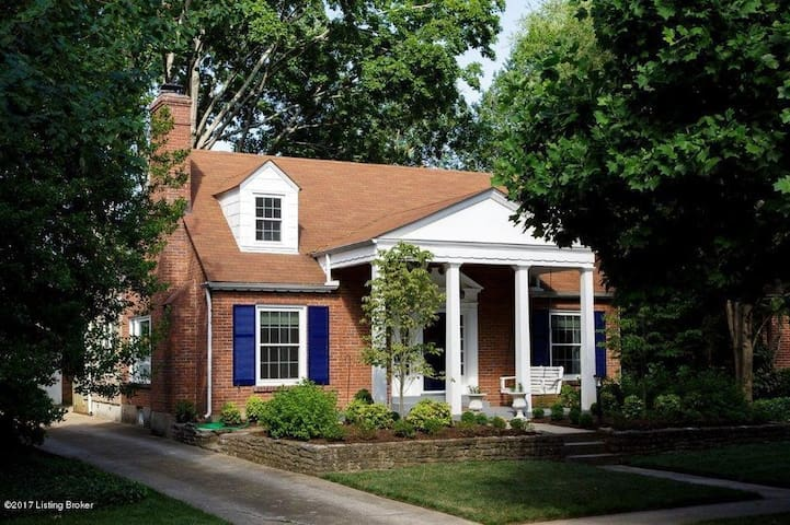 Derby House - Best Location in Louisville