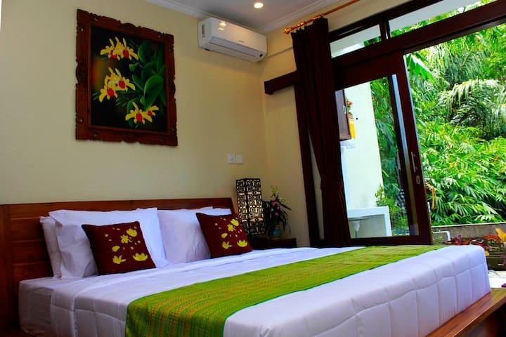 Warsa 家庭旅馆