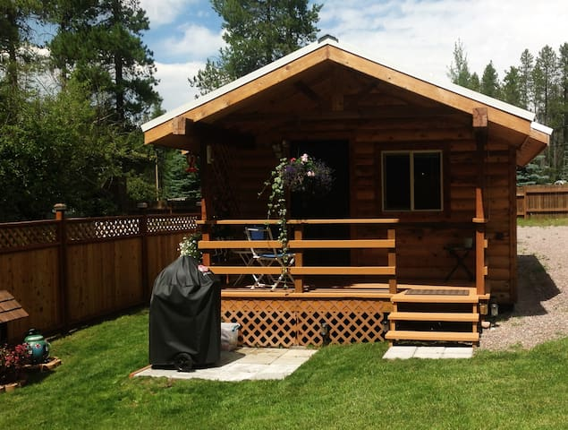 Just Minutes from Glacier National Park - Coram - Cabane