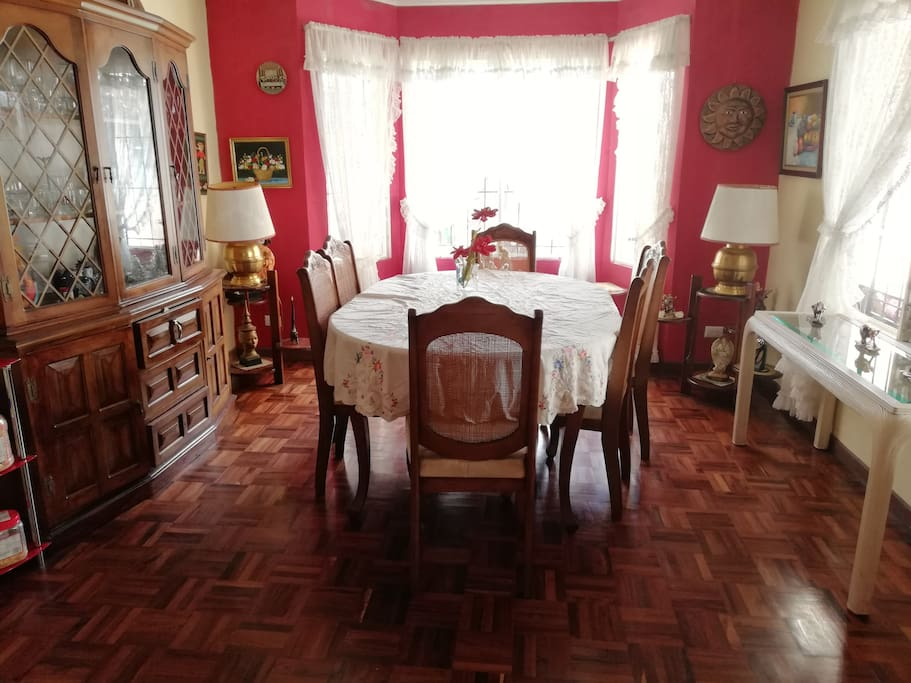 comedor compartido / dining room (shared)