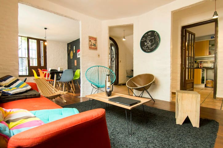 MedioMundo Hostel 2