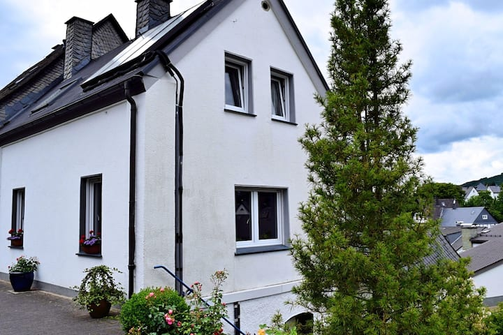 Attractive holiday home in the Sauerland region - wood stove and a terrace
