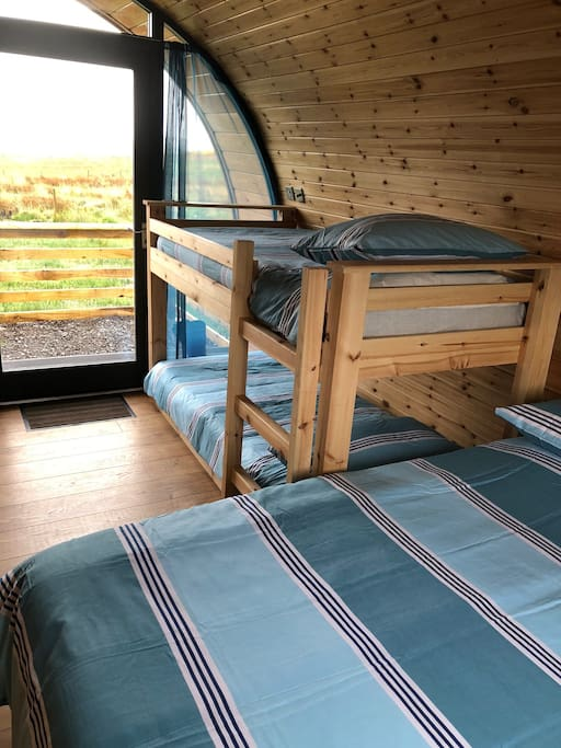 Bunk Beds (Family Pod)