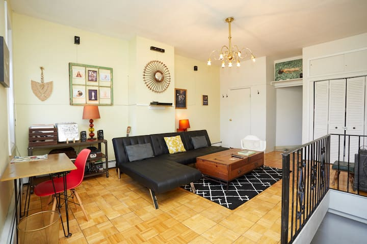 Private Huge 2br Williamsburg Artist Apartment!