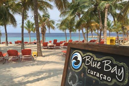 BLUE BAY BEACH VILLA! - Sint Michiel