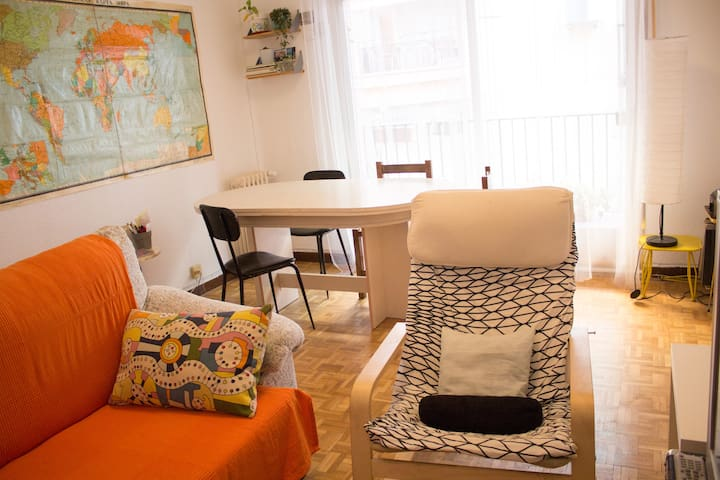 Cozy room in La Latina - Madrid - Apartment