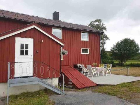 Koselig sommerhus med landlig beliggenhet