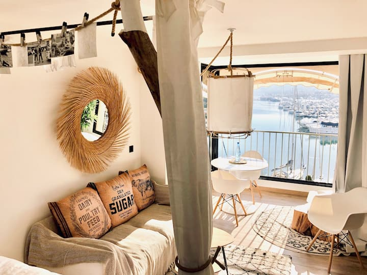 Cozy Loft Studio Beautiful View Gulf of St Tropez
