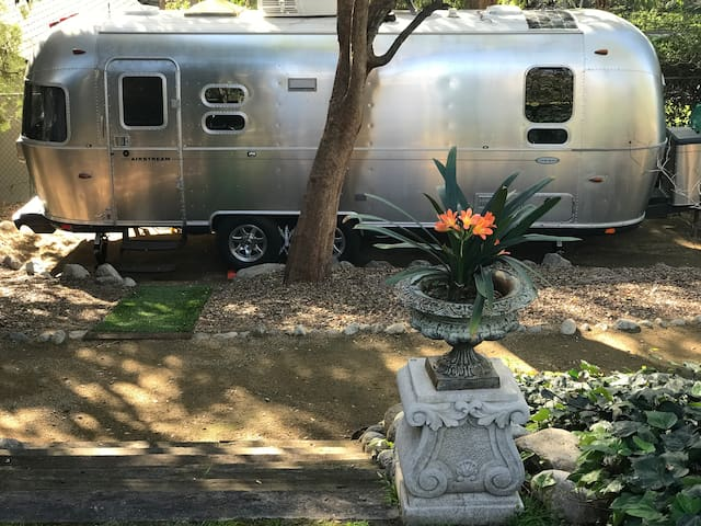Airstream Urban Glamp Site