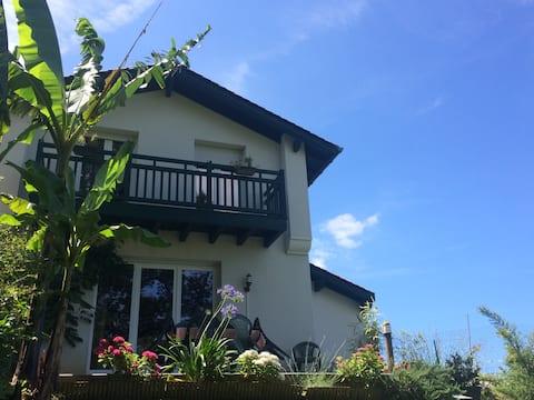 Maison 2 chambres au lac de Pée sur Nivelle
