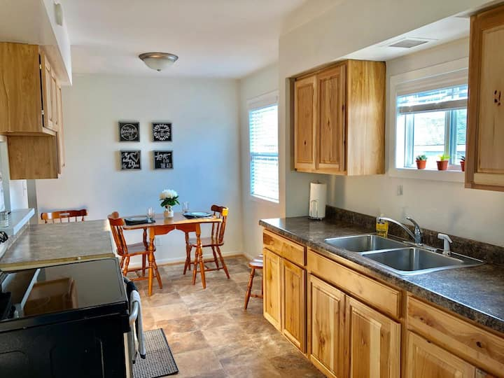 Located in Munising!Close to Pictured Rocks!Clean!