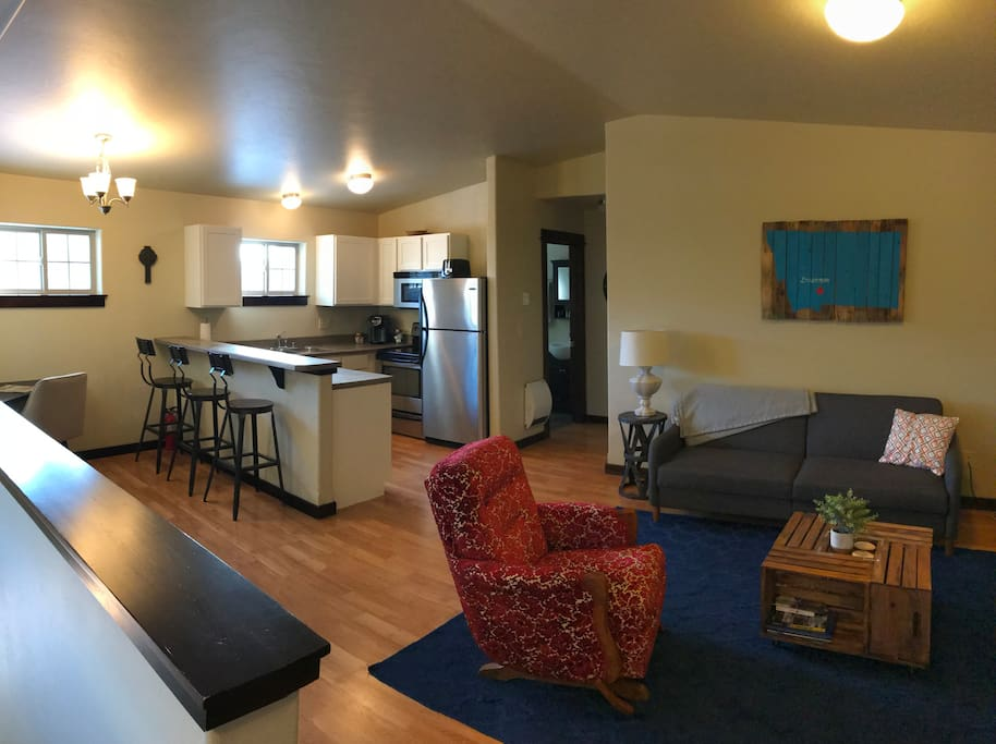 Perfect 1 br apt bozeman big sky apartments for rent in bozeman montana united states for One bedroom apartments in bozeman mt