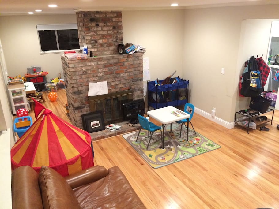 living room (we'll clear the kids' toys)