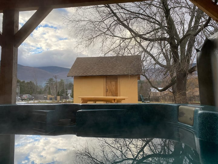 Bougie Lodge - WhiteFace