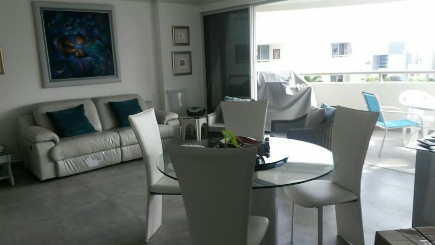Habitación Moderna a 3 cuadras del mar - Salinas - Apartment
