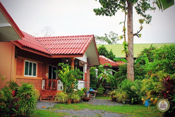Дом на Ламай. Pipit House