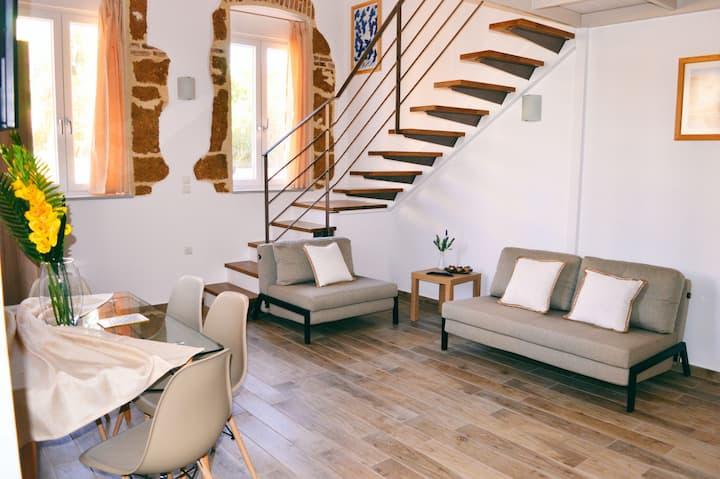 Residential luxury maisonette in Halepa 1