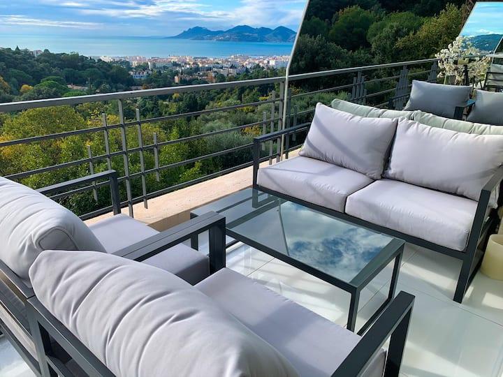 2 Pièces 38m2 vue imprenable sur la baie de Cannes