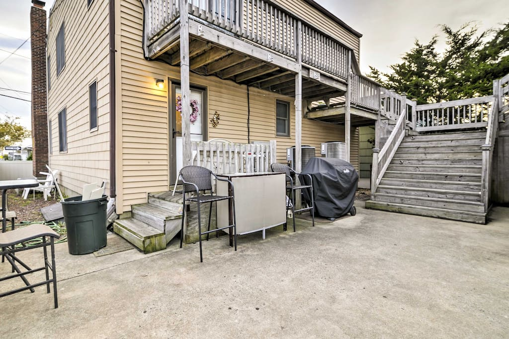 Look forward to walks to the beach, sitting on the private patio and enjoying all that Seaside Heights has to offer!