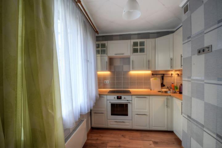 Евро Апартаменты на Братиславской / Tender House