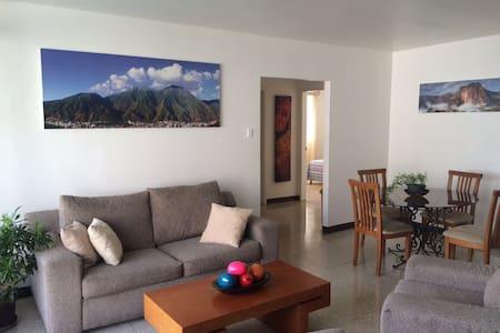 Apartamento Los Palos Grandes SAFE & COOL - Caracas