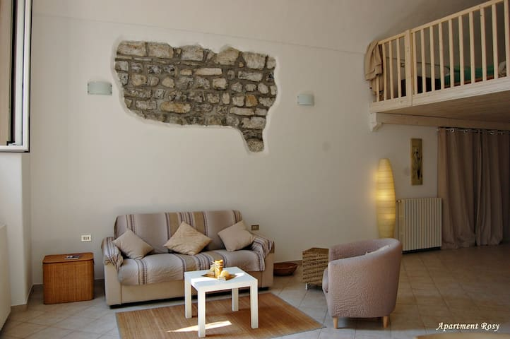 Smallvillage Apartment Rosy - Riva di Solto