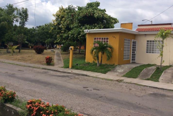 Nice&well located little house near Nuevo Vallarta - Nuevo Vallarta - Casa