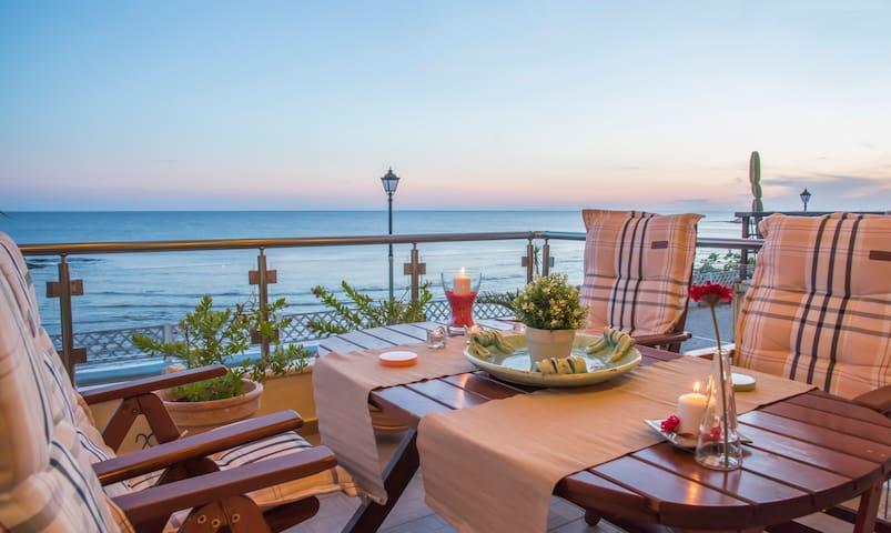 Alexander Seaside Villa - Preveza - House