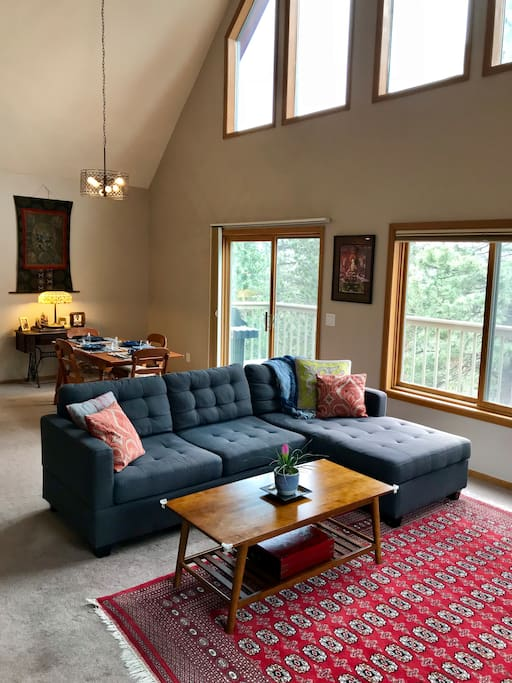 Main Living space w/ large vaulted ceilings