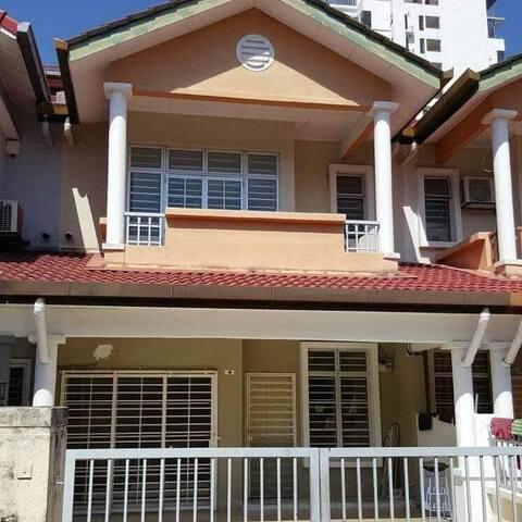 Terrace Merdeka Homestay at Bandar Baru Ampang,