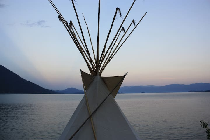 Tipi on private beach - Sandpoint - Tipi