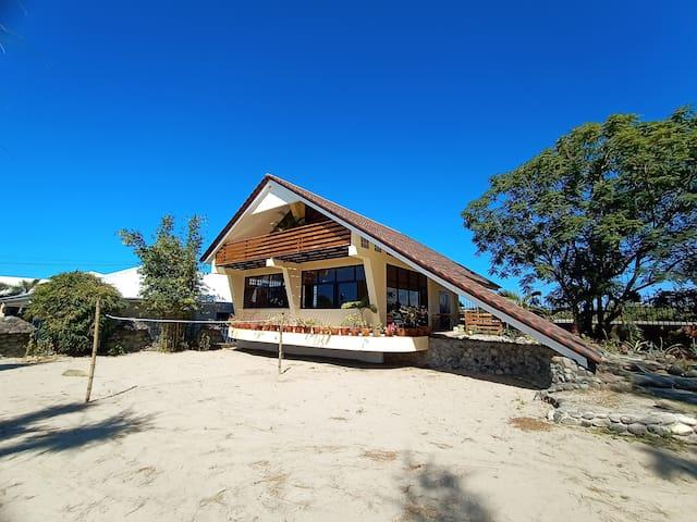 Exclusive #TeamBuilding  Beach Villa (22-40 Pax)