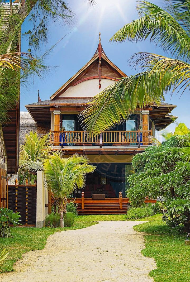 Alsan 3BR Luxury Beachfront villa