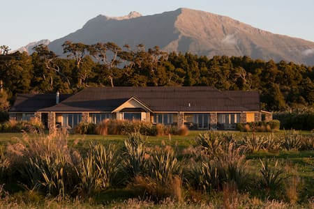 Stunning sea views.
