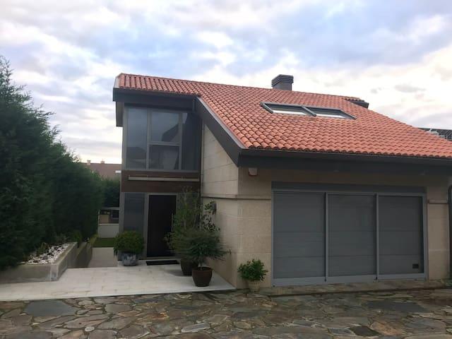 Villa en Montalvo