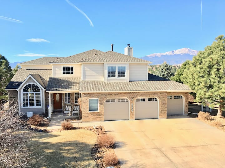 🌟Family-friendly~IDEAL Location I25/GOG~VIEWS!