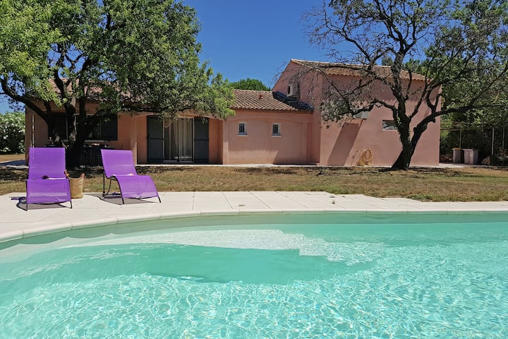 Cosy Villa in Vic-la-Gardiole with Private Swimming Pool