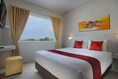 Chic quiet room in central Canggu - North Kuta - Bed & Breakfast