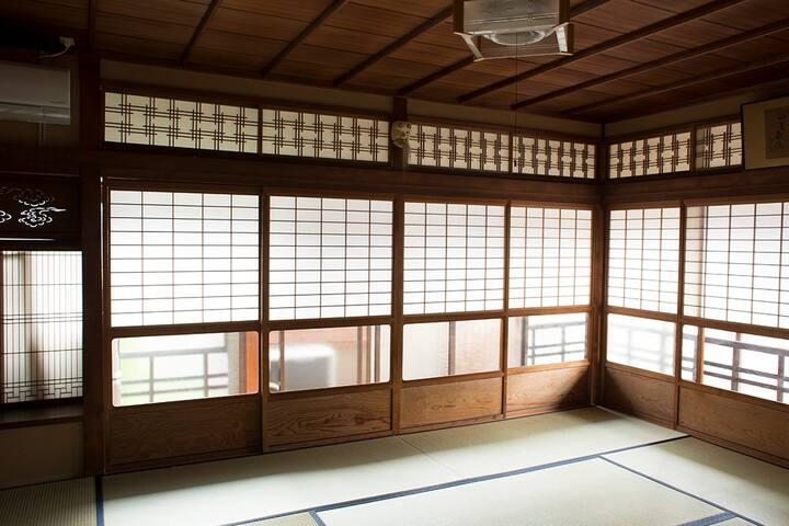 Feeling at home Guest House HOTOBIL - Nara-shi - บ้าน