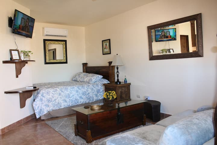 Studio in the Best location in downtown Cabo