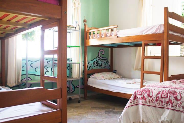 quarto compartilhado - hostel itacoatiara