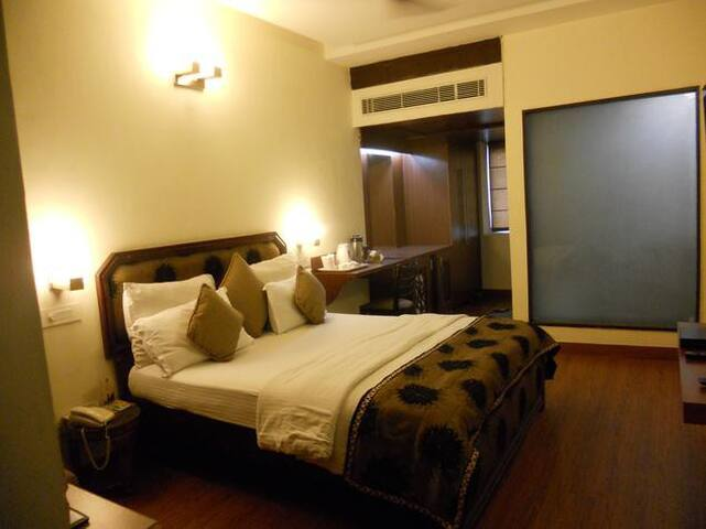 Yolo Rooms Kundli Sonipat Ashoka University - Sonipat - Inny