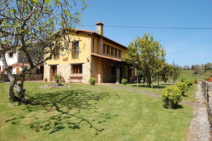 Casa de Aldea en Noriega  La Llosa CA-1424-AS