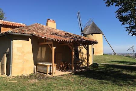 Maison du Meunier, pour les Amoureux du Patrimoine - Montpézat - Dům