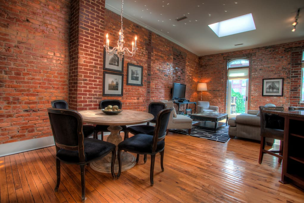 Luxurious Loft Apartment In The Heart Of Downtown Asheville 1 Bedroom Amazing Flats For Rent