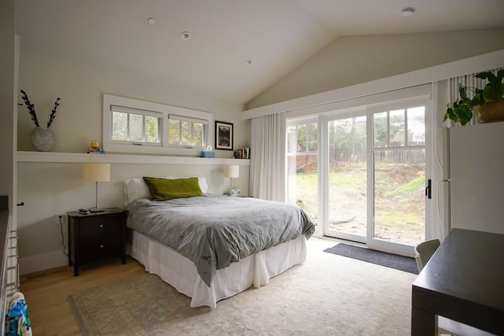 Newly built: 1bd/1ba in-law with private entrance - Hillsborough - Konukevi