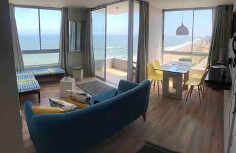 Oceanfront Exclusive Apartment near Airport