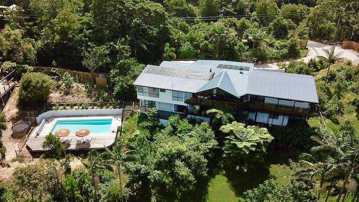 Treetops Villa Byron Bay