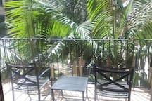 Garden Views 2BR/2BA APT in the Heart of DTLA