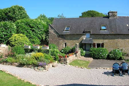 Francoise Cottage, Bot Coet Cottages - Ploërdut - Casa
